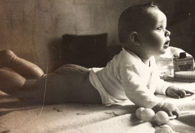 natural posture of infants