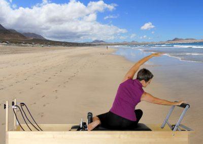 bench-beach2x